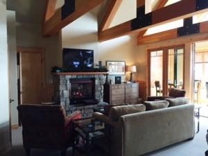 (Mountainside lodging at Whitefish Mountain Resort)