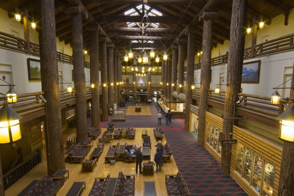 The lobby in Glacier Park Lodge.