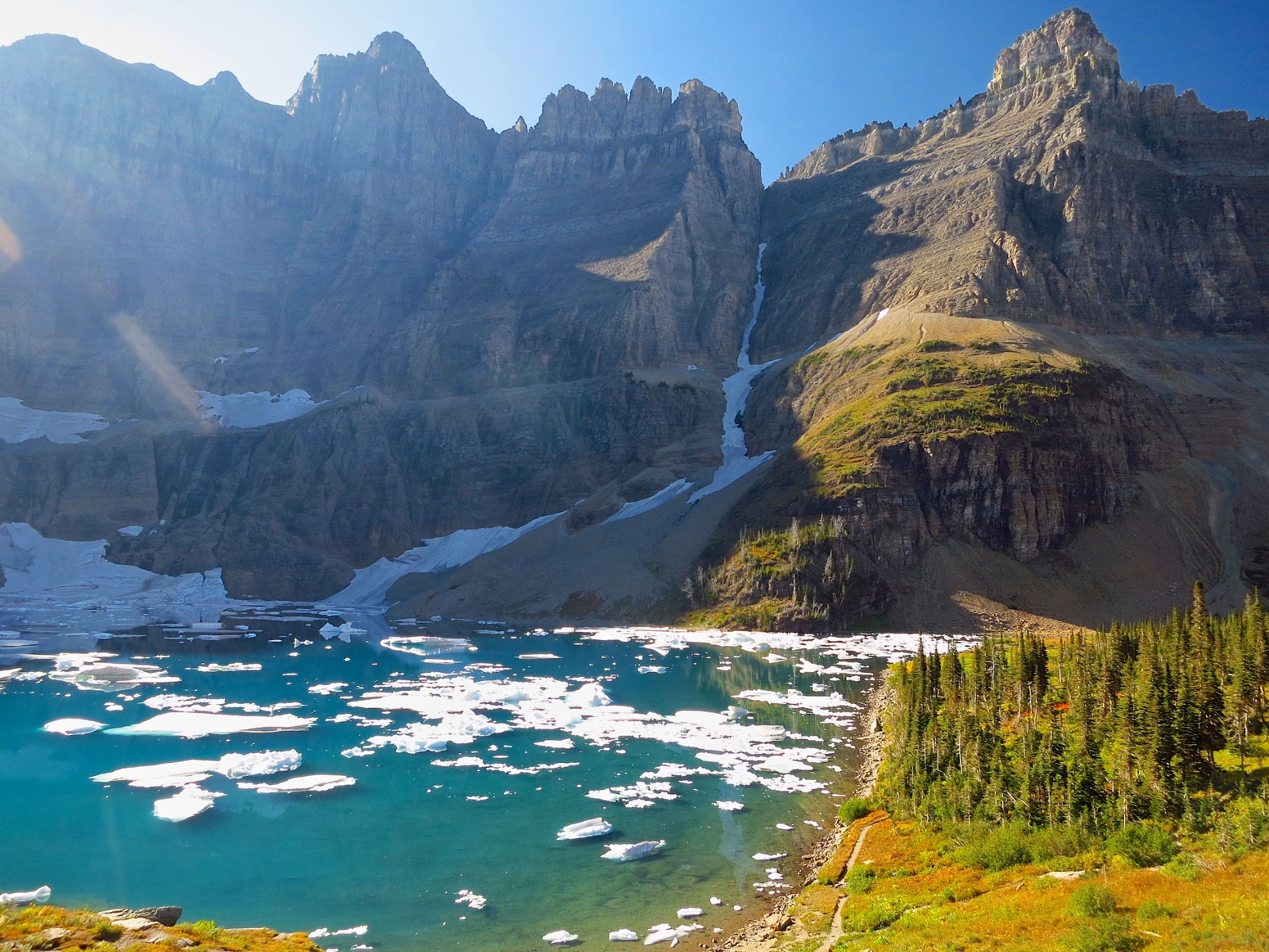 east glacier park East glacier, montana is on the eastern side of glacier national park and offers access to tons of outdoor adventures, scenic wonders and a great place to stay while visiting.