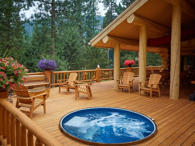 Guest Post: Top 3 Reasons Bear Creek Lodge Should Be Your Next Retreat Destination